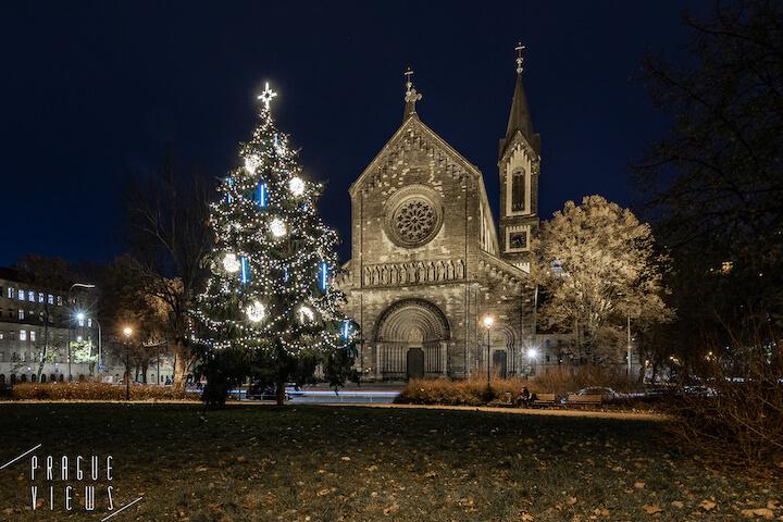 prague christmas tree karlin square